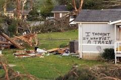 USA: Zniszczenia wyrządzone przez potężne tornada są ogromne