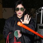 Usta Kylie Jenner coraz większe