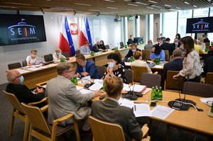 Ustawa medialna. Sejmowa komisja przyjęła projekt zmian. Ważna poprawka Marka Suskiego