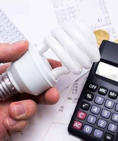 Ustawa o cenach prądu - ostatni dzwonek dla firm na składanie wniosków