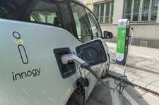 0007P1K75UTLISH0-C307 Ustawa o elektromobilności zbyt problematyczna do wprowadzenia?
