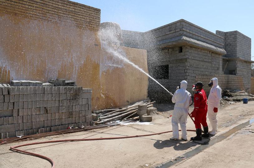 Usuwanie skutków ataku bronią chemiczną w Iraku /MARWAN IBRAHIM /AFP