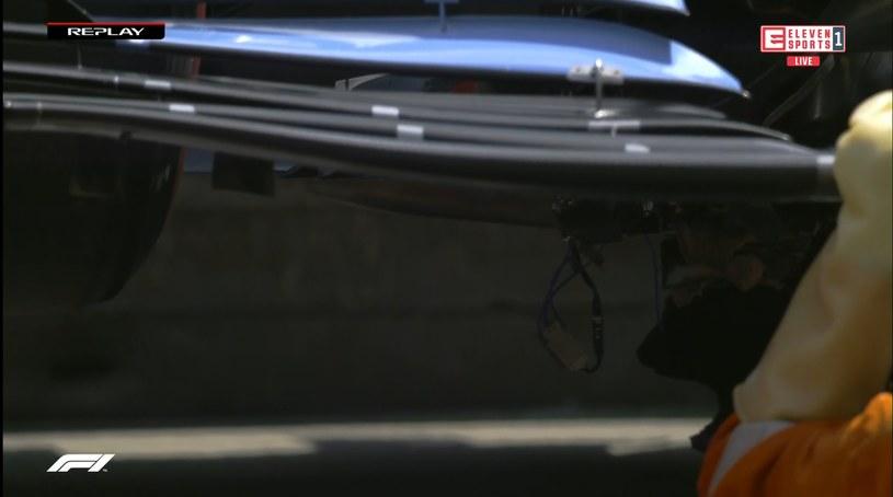 Uszkodzenia w bolidzie George'a Russella widoczne gołym okiem /Eleven Sports