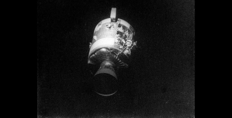 Uszkodzony moduł serwisowy Apollo 13 /NASA
