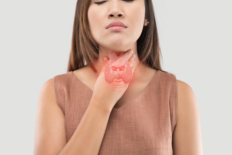 Utajona niedoczynność tarczycy daje skąpe objawy /123RF/PICSEL