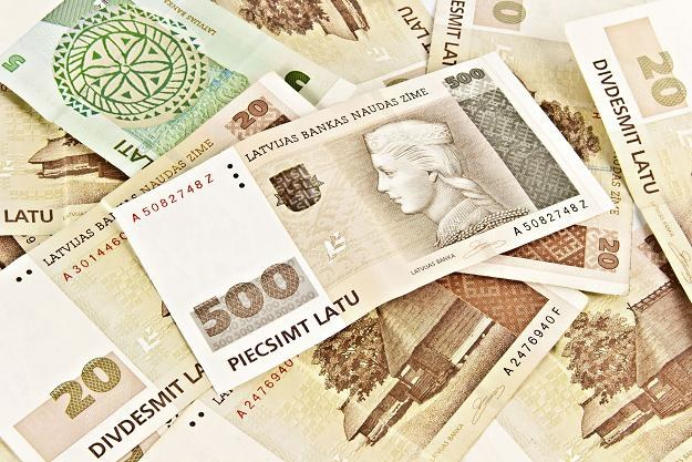 Utrzymuje się niechęć Łotyszów do euro /©123RF/PICSEL