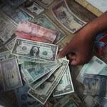 Uwaga: 10 lat więzienia za kupno waluty!