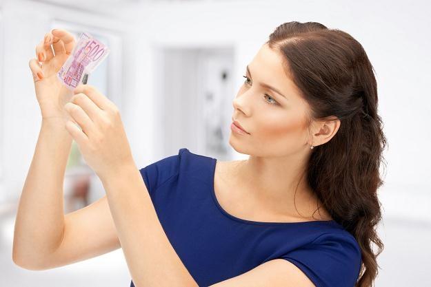 Uwaga! Będzie więcej fałszywych banknotów /©123RF/PICSEL