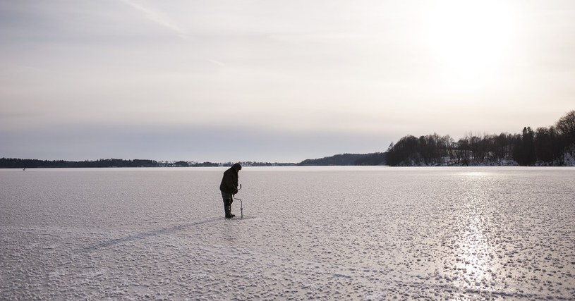 Uwaga na kruchy lód /Michał Kość /Reporter