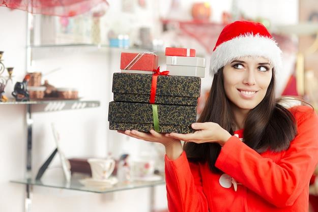 Uwaga na świąteczne promocje! /©123RF/PICSEL