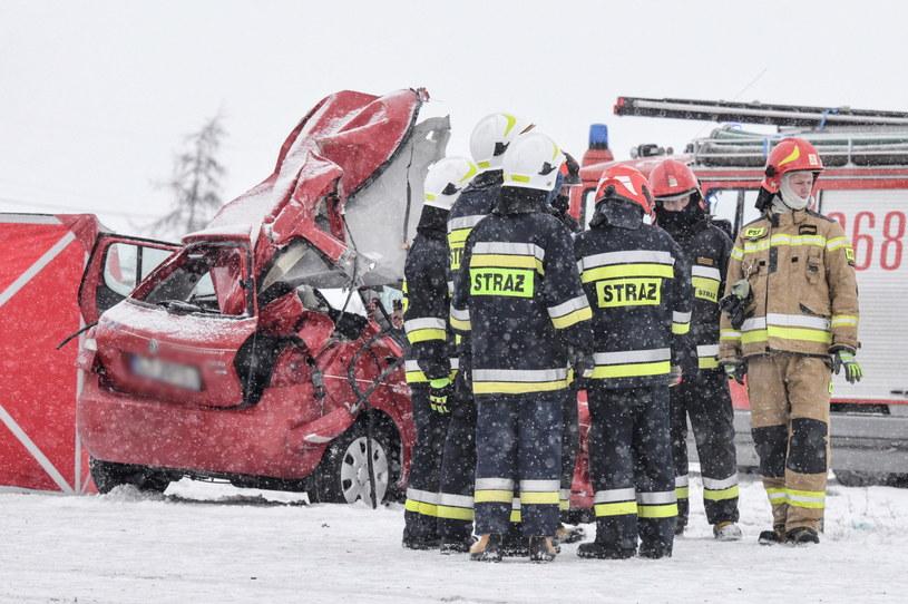 Uwaga na trudne warunki na drogach (zdjęcie ilustracyjne) /Paweł Skraba /PAP