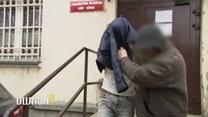 Uwaga! TVN: Stalker nęka swoją ofiarę zza krat. Jak to możliwe?