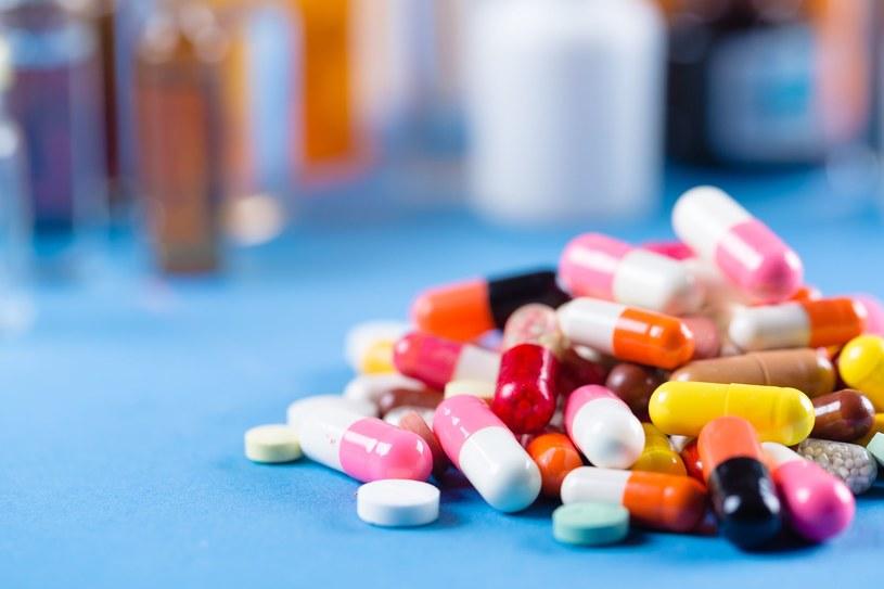 Uważaj na leki które mają pomagać w leczeniu nowotworów a mogą być groźne dla zdrowia /123RF/PICSEL