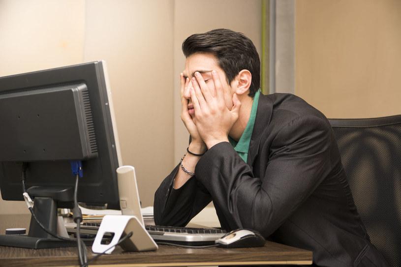 Uważaj, za takie maile mogą cię wyrzucić z pracy! /123RF/PICSEL