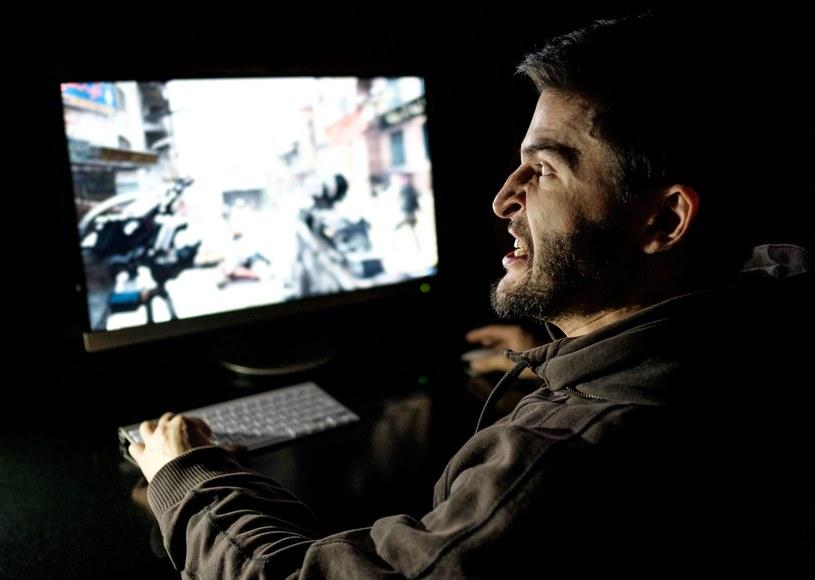 Uzależnienie od gier o krok od wpisania na listę chorób psychicznych /123RF/PICSEL