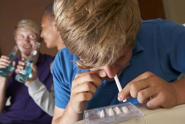 uzależnienie od narkotyków /© Photogenica