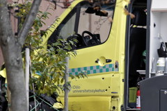 Uzbrojony napastnik skradł karetkę w Oslo