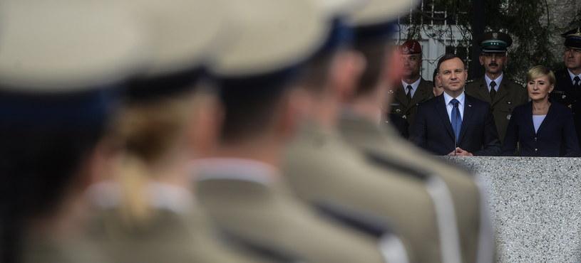 Użycie polskich sił zbrojnych poza granicami państwa może nastąpić jedynie na podstawie postanowienia prezydenta /Jakub Kamiński   /PAP