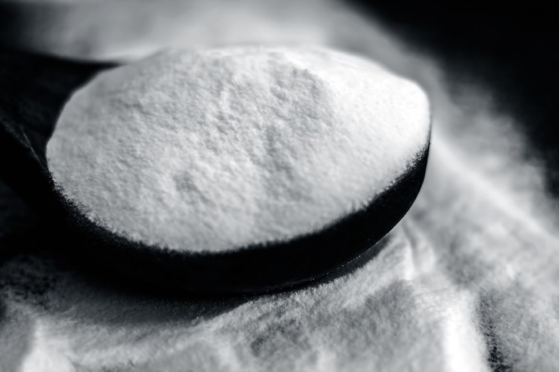 Użyj sody oczyszczonej /©123RF/PICSEL