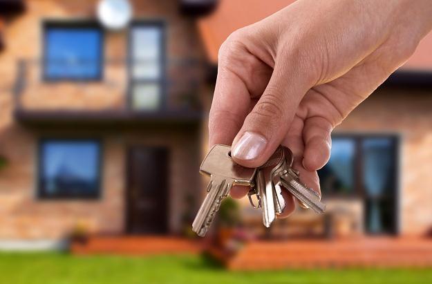 Uzyskanie kredytu hipotecznego przez przeciętnie zarabiającą osobę nadal nie będzie sprawą łatwą /©123RF/PICSEL