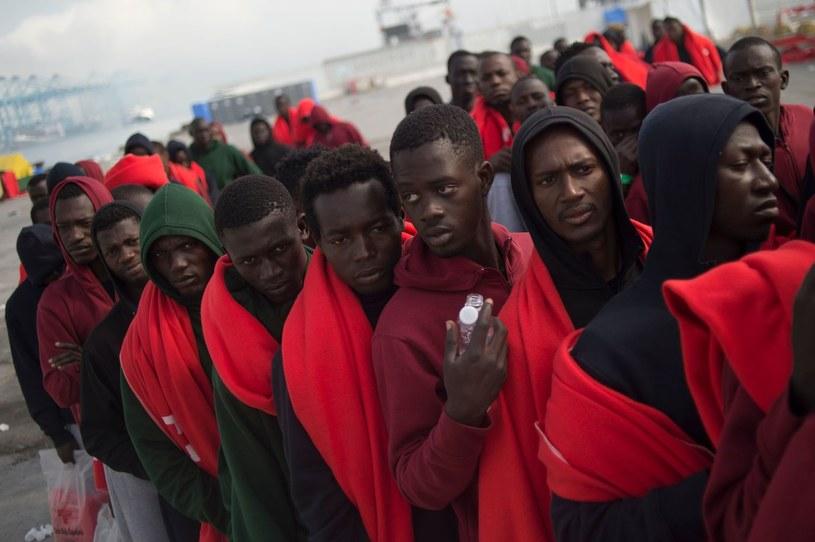 Użytkownicy Interii uznali imigrację za największe wyzwanie Unii Europejskiej. Na zdjęciu migranci w porcie Algeciras w Hiszpanii /AFP