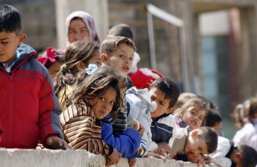 """""""Używają dzieci, bo łatwiej u nich przeprowadzić pranie mózgu"""", zdj. ilustracyjne /MAHMOUD ZAYYAT / AFP /AFP"""