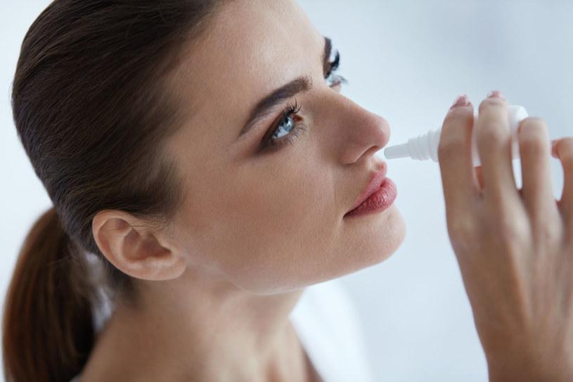 Używane w nadmiarze, krople do nosa mogą być szkodliwe /123RF/PICSEL