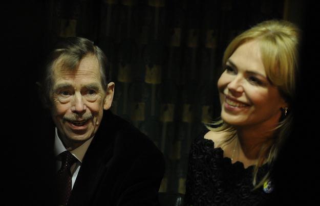 Vaclav Havel z żoną Dagmar podczar premiery filmu /AFP
