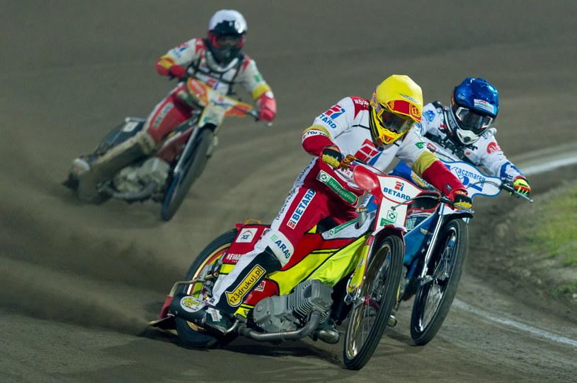 Vaclav Milik (kask żółty) /Fot. Jakub Kaczmarczyk /PAP