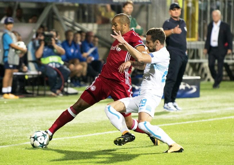 Vadis Odjidja-Ofoe (z lewej) może zaliczyć dwumecz z Rijeką do udanych. Przed tygodniem strzelił gola, a we wtorek zanotował asystę /PAP/EPA