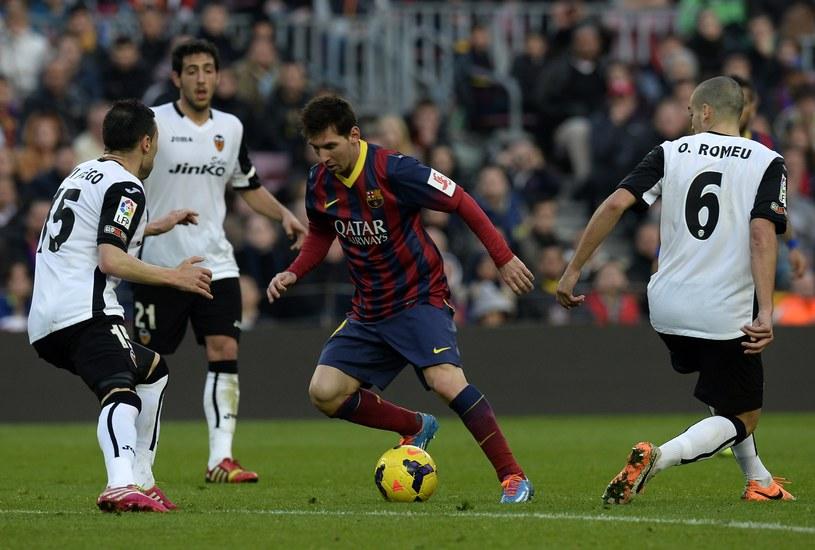Valencia zatrzymała Barcelonę na Camp Nou /AFP