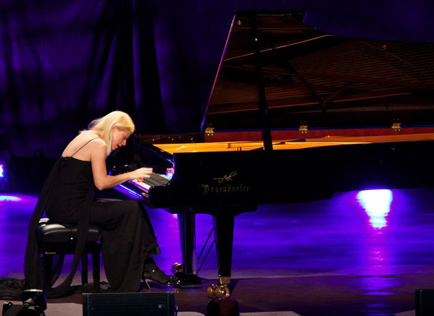 Valentina Lisitsa podczas koncertu w Royal Albert Hall /AFP