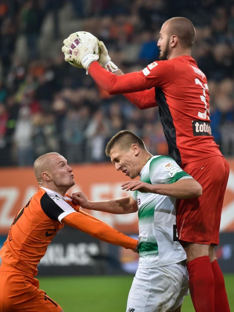 Vanja Milinković-Savić (z piłką) /P. Dziurman /East News