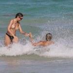 Veronica Moreira Basso i Juliana Reis topless na plaży!