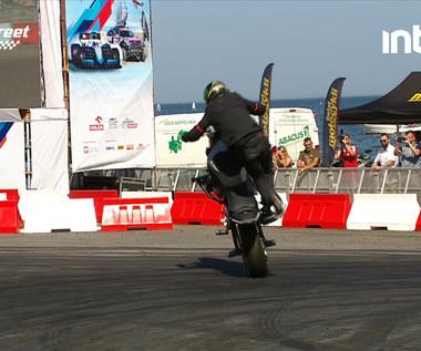 VERVA STREET RACING. Niesamowite akrobacje na motocyklu. Wideo