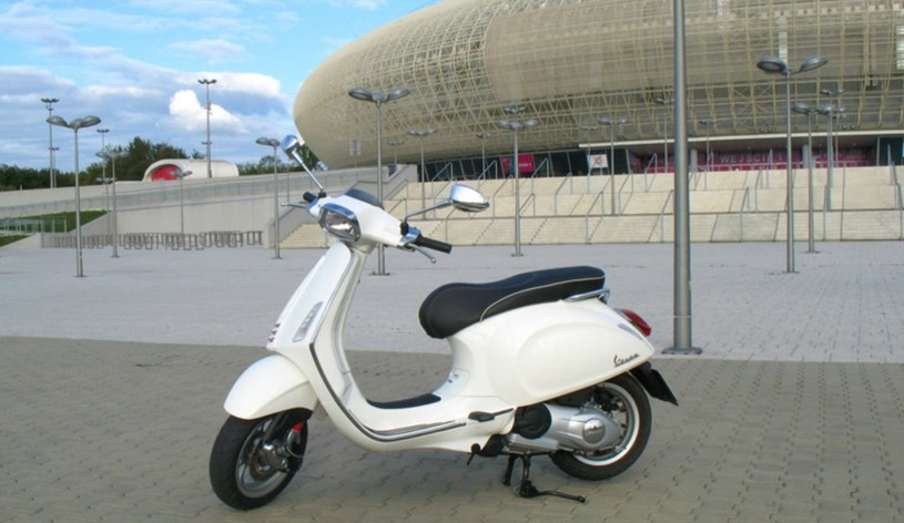 88ce609cfb Vespa Sprint 125 - retro styl i nowoczesna technologia - Motoryzacja ...