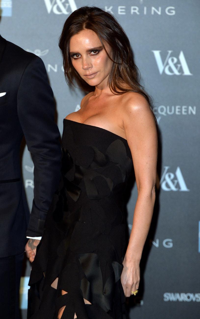 Victoria Beckham rzadko się uśmiecha /Anthony Harvey /Getty Images