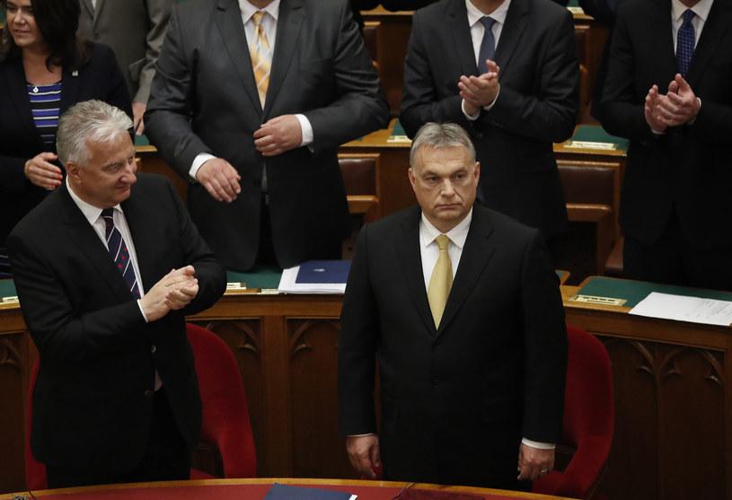Viktor Orban w węgierskim parlamencie /REUTERS/Bernadett Szabo /Agencja FORUM
