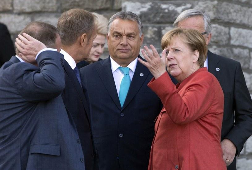 Viktor Orban wśród europejskich przywódców /AP Photo/Virginia Mayo /East News