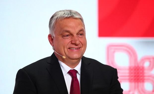 Viktor Orban zaszczepiony przeciw koronawirusowi - chińskim preparatem