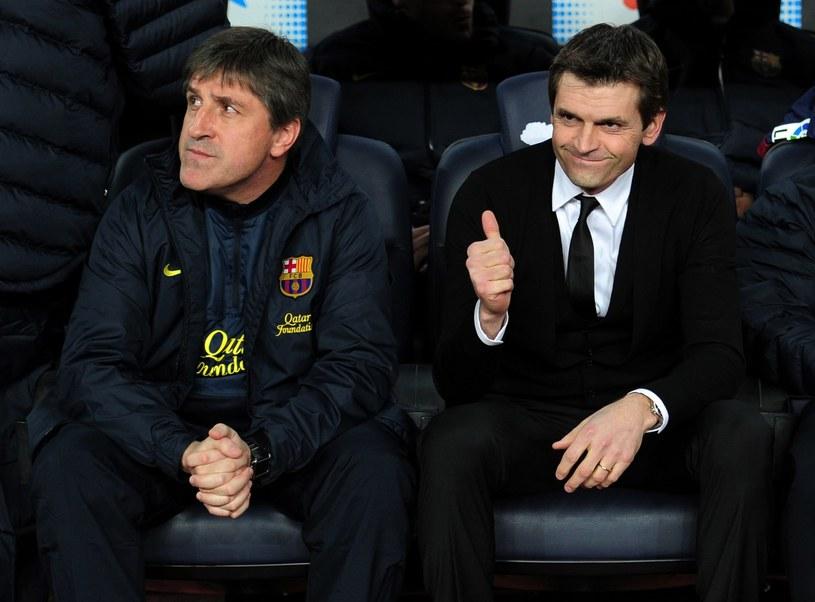 Vilanova (z prawej) to jeden z bohaterów mistrzoskiej Barcy /AFP