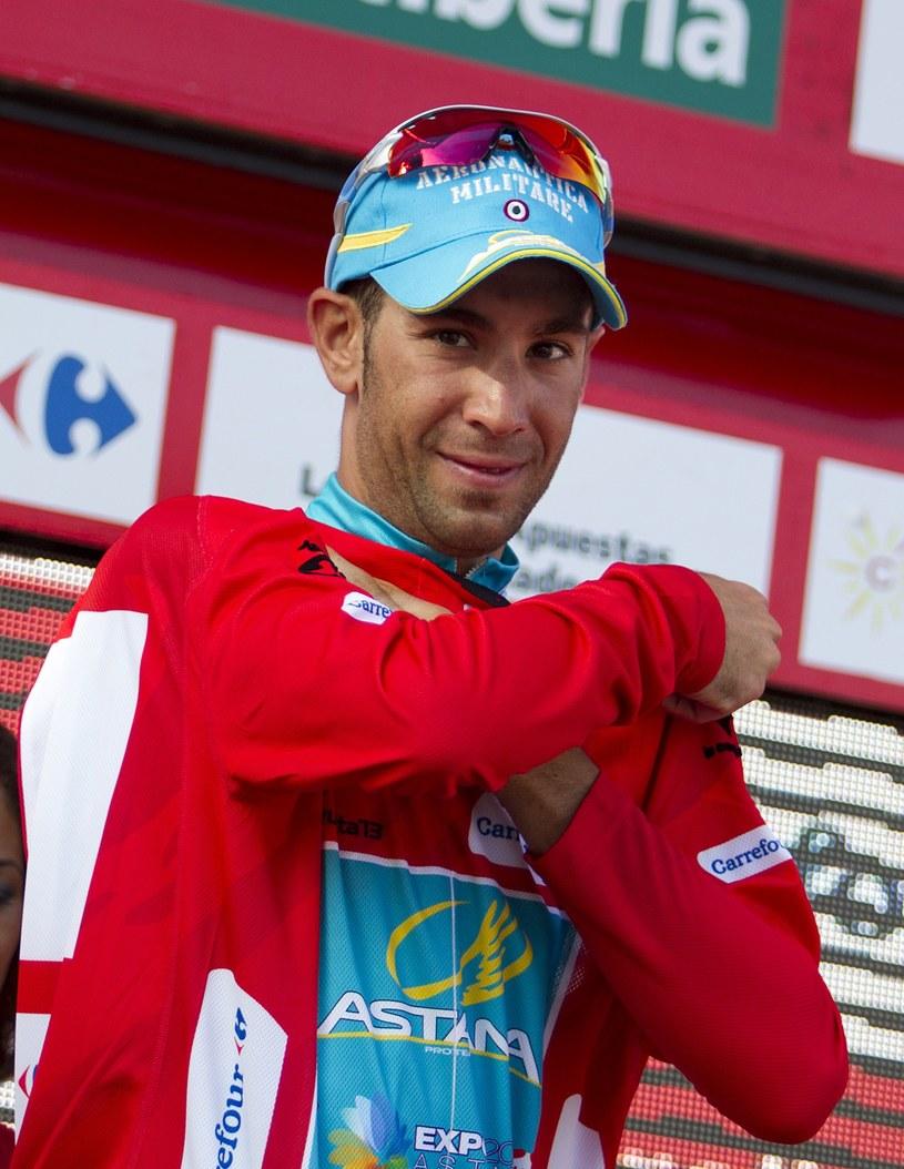 Vincenzo Nibali wciąż jest liderem wyścigu /AFP