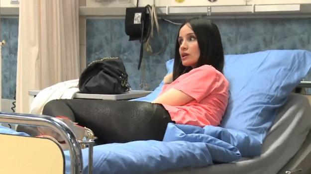 """Violę boli głowa, szyja i ręka. Jaką diagnozę postawią lekarze?/ Kadr z serialu """"Szpital"""" /TVN"""