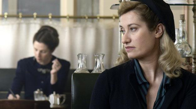 Violette Leduc (Emmanuelle Devos) przez całe życie pozostawała w cieniu Simone de Beauvoir. /materiały dystrybutora