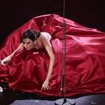 Virginia Raffaele w rozłożystej sukni. Jak ona się w tym poruszała?