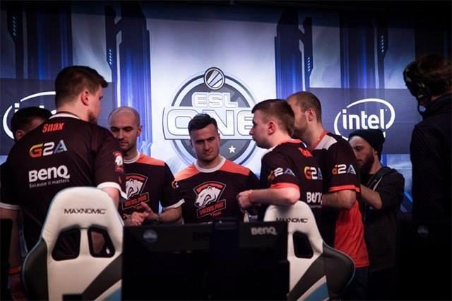 Virtus.pro na IEM 2015 - zdjęcie pochodzi z oficjalnego profilu drużyny w serwisie facebook.com /materiały źródłowe