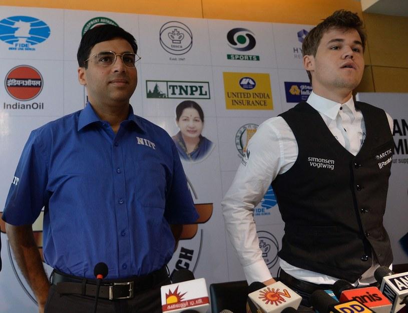 Viswanathan Anand i Magnus Carlsen /AFP
