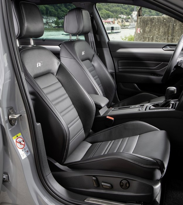 Volkswagen Arteon R-Line Edition /