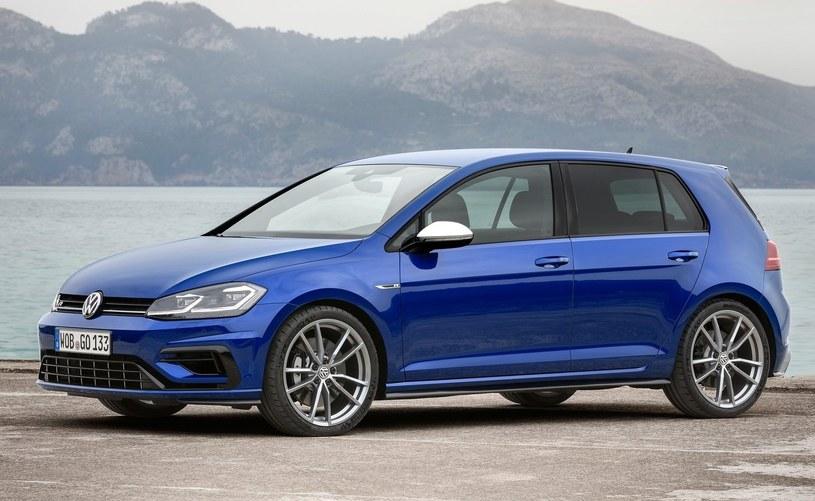 Volkswagen Golf R /