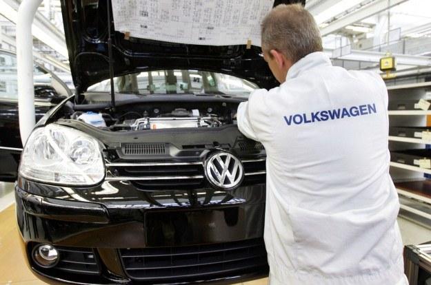Volkswagen jest niżej niż mogłoby się wydawać, że powinien być /AFP
